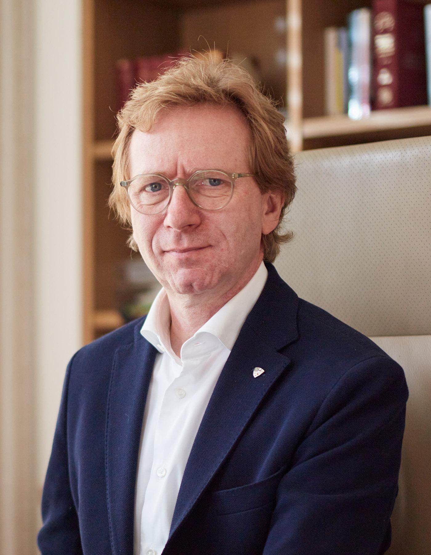Dr. Peter Brodner